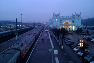 В Смоленске 10 апреля ограничивается движение на привокзальной площади