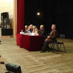 Сотрудники смоленского фонда капитального ремонта встретились с жителями Десногорска
