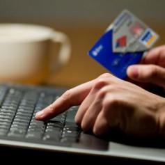 Ярцевский аферист кинул 30 клиентов через интернет
