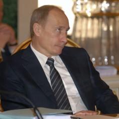 Кремль откажется от губернаторов- «варягов». Почему губернатор Островский стал исключением?