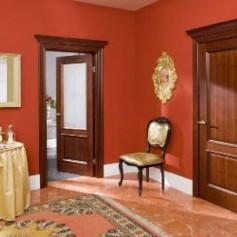 Межкомнатная дверь из дерева – преимущества монтаж и ремонт