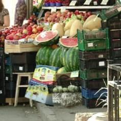 На территории Смоленска продают арбузы и дыни сомнительного качества