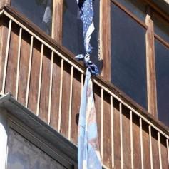 Стали известны подробности о школьнице, выпавшей из окна дома в Смоленске