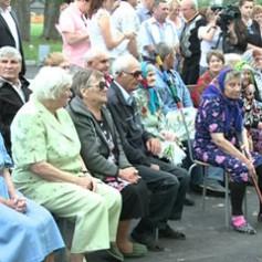 В Новодугинском районе торжественно открыли специальный дом для престарелых и супружеских пар пожилого возраста