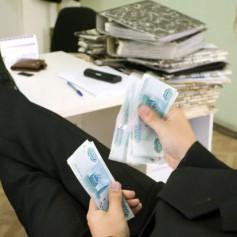 Бизнесмены теряют пятую часть прибыли из-за чиновников-бюрократов