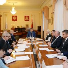 Островский попросит министра помочь в привлечении инвесторов