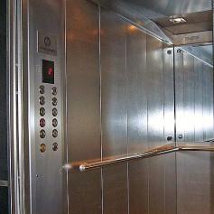 В смоленских многоэтажках заменят 650 лифтов