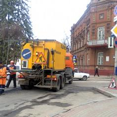В Смоленске продолжается ремонт дорог