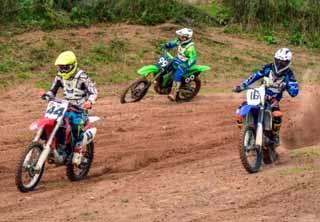Мотогонщики из Смоленска заняли призовые места в Великих Луках