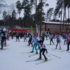 Больше 2500 смолян приняли участие в «Лыжне России-2017»