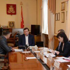 Губернатор Алексей Островский провел рабочую встречу с главой Починковского района