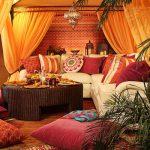 Гостиная в марокканском стиле: восточный шарм в современном интерьере