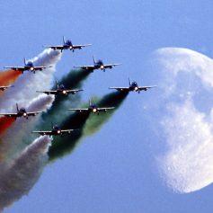 В Смоленске пройдет авиашоу и показ военной техники