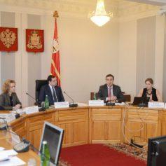 В Смоленской области планируют создать электронную систему, которая повысит эффективность работы чиновников