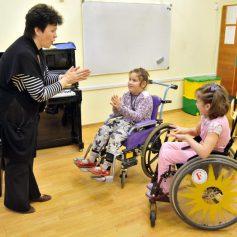 Российский Уполномоченный по правам ребенка высоко оценила работу по реабилитации детей-инвалидов в Смоленской области