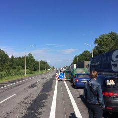 На российско-белорусской границе образовалась многокилометровая пробка