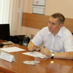 Глава Смоленска обещал помочь инвалиду-колясочнику получить работу диджея
