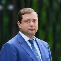 Алексей Островский сохраняет стабильные позиции в Национальном рейтинге губернаторов