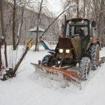 Сколько спецмашин чистят улицы Смоленска