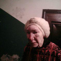 В Смоленске ищут родственников избитой старушки, потерявшей память