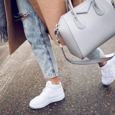 Где купить стильные ботинки и кроссовки?