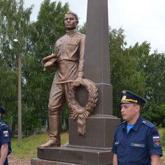 В Починковском районе установили памятник Неизвестному солдату