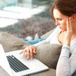Когда нужна помощь психолога через скайп?