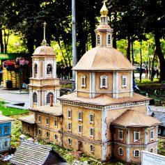 В Смоленске отреставрируют макет Одигитриевской церкви в Лопатинском саду
