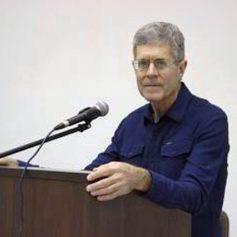 Профессор из США прочитал студентам лекции в Смоленске