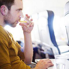 Советы по облегчению длительных перелетов