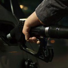 Смоленская область попала на 59 место в рейтинге доступности бензина