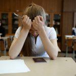 Школьные аттестаты в этом году изменятся