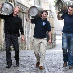 Смолянин умудрился похитить 30-литровую бочку пива