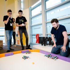 Яндекс.Лицей приглашает смоленских школьников на бесплатный курс программирования