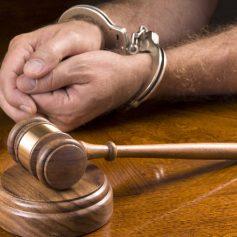 Бывшего начальника отдела «Смоленскавтодор» будут судить