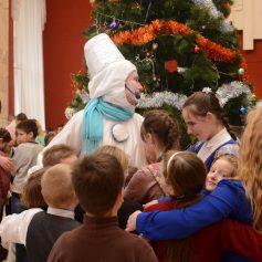 В Смоленске состоялась традиционная Губернаторская елка