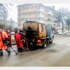 Ямочный ремонт дорог начался в Смоленске