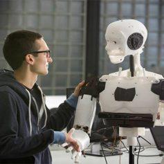 7 февраля – всемирный день робототехники