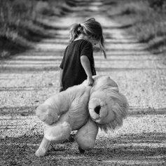 Детям-жертвам травли будут помогать в Смоленской области