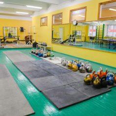 Спортшколу на улице Нарвской в Смоленске отремонтировали