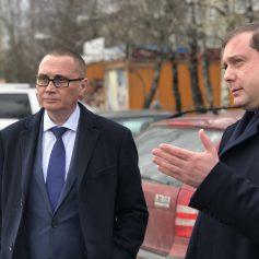 Алексей Островский потребовал максимально усилить работу по очистке центра Смоленска от незаконной рекламы