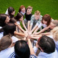 Тимбилдинг в офисе: развлечения для коллектива в помещении