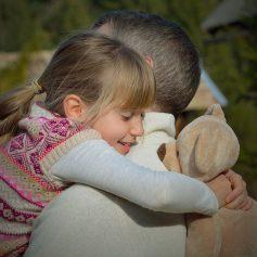 Смолянин смог начать общаться с дочкой благодаря судебному приставу