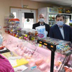 Губернатор Смоленской области проверил магазин «у дома» в Новосельцах