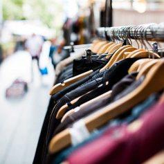 Магазин одежды горел на улице Попова в Смоленске