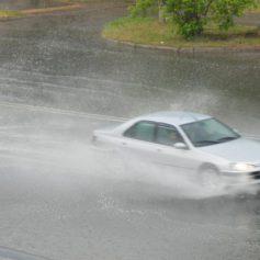 Смоленскую область завтра будут заливать дожди