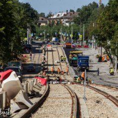 Ремонт и замена трамвайных путей на улице Николаева близки к завершению