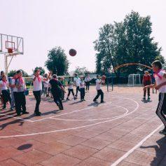 В смоленской школе появилась новая спортивная площадка за 2 миллиона