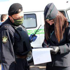 У директора смоленской фирмы арестовали внедорожник за долги
