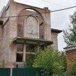 Сенатор Леонов подключился к борьбе за реконструкцию поликлиники № 6 в Смоленске